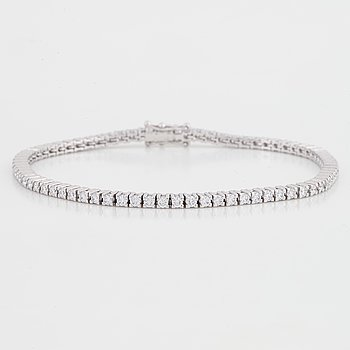 Brilliant-cut diamond tennis bracelet, with certificate HRD.