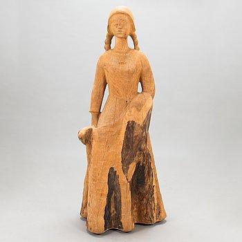 Eva Ryynänen, träskulptur, signerad och daterad 1971.