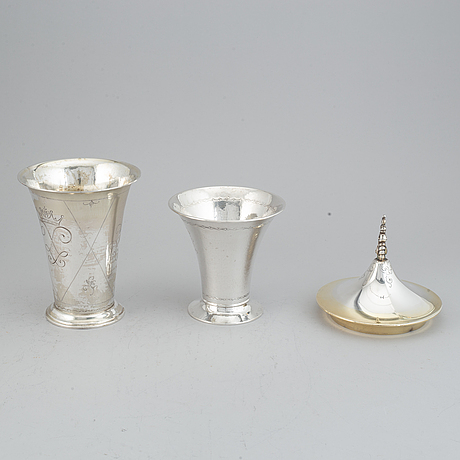 Two silver and parcel-gilt beakers and a parcel-gilt lid, maker's mark k. andersson, stockholm, 1927, 1922 and 1948.