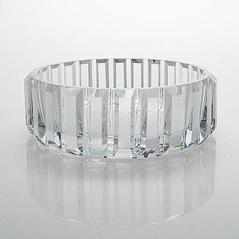 Aimo Okkolin, a crystal bowl, signed Aimo Okkolin Riihimäen Lasi OY.