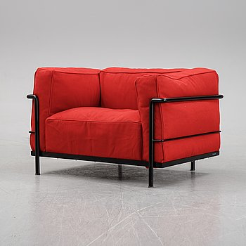 A 'LC 3' lounge chair by Le Corbusier, Charlotte Perriand & Pierre Jeanneret for Cassina, 2006.