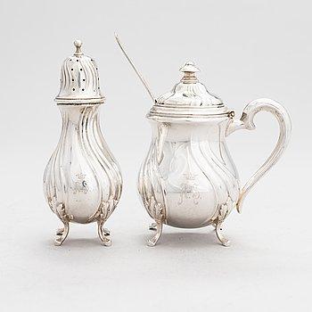 A silver caster and mustard pot, Finnish control mark A. Tillander, Helsinki 1926.
