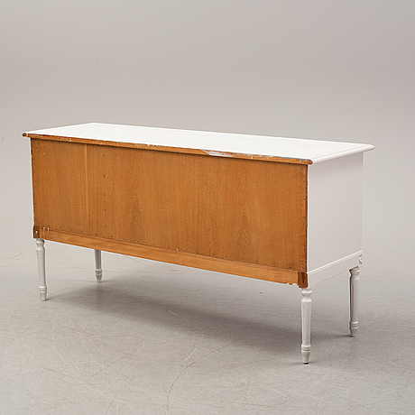 Sideboard, gustaviansk stil, 1900-talets andra hälft.