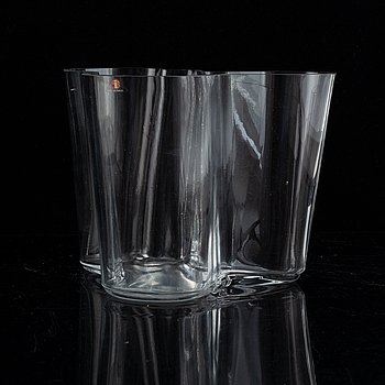 """Alvar Aalto a """"Savoy"""" mould blown glass vase, Iittala, Finland probably late 1960's."""
