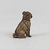 A dog figurine, so called vienna bronze, around the year 1900.