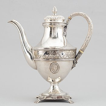 A Silver coffee pot by Petter Norlin, Malmö, 1797.