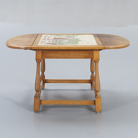 A 1950/60s tiled table.