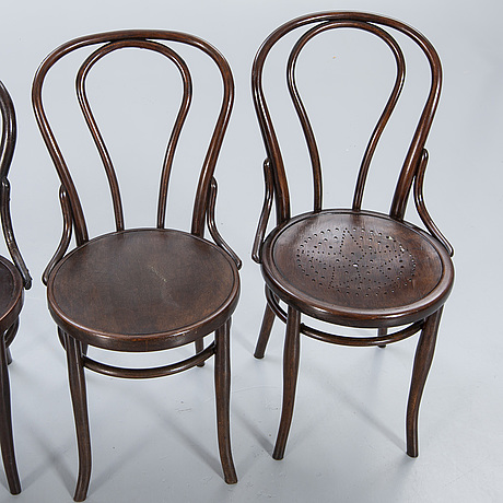 Chairs, thonet 2 pcs, mundus 2 pcs, bentwood, first half of the 20th century.