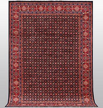 A carpet, Mahal, ca 357 x 248 cm.