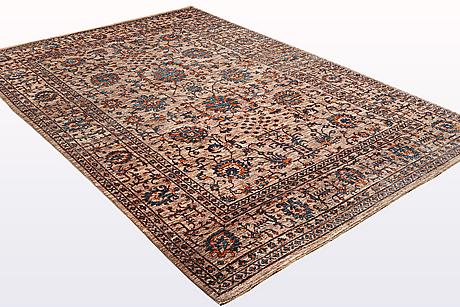 A carpet, ziegler design, ca 295 x 205 cm.