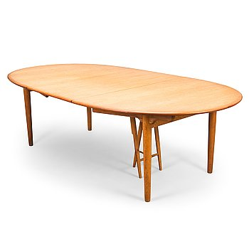 Hans J Wegner, A 1950s dining table model JH 567, Johannes Hansen, Denmark.
