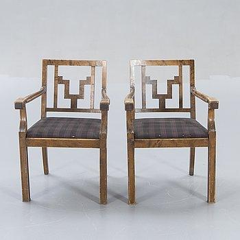 Karmstolar ett par Swedish Grace 1930/40-tal.