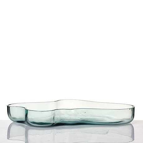 Alvar aalto, a green tinted glass dish, model 9748 for karhula glassworks, finland, in production 1937-1949.