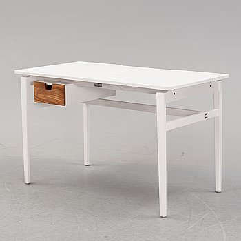 A contemporary writing desk by Jonas Olsson & Marcus Sjögerén for Möbelverket.