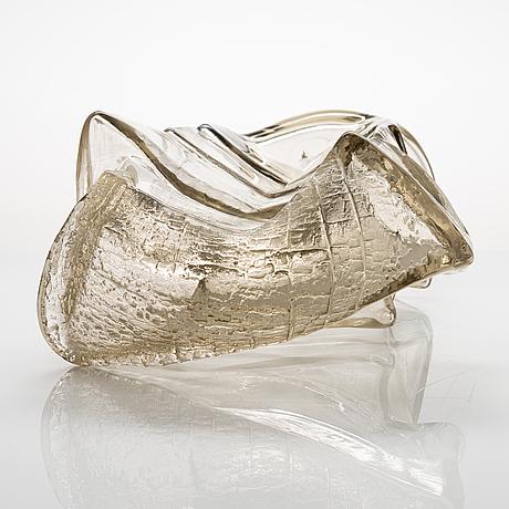 Timo sarpaneva,  a 'gladiator' sculpture from the finlandia series, unsigned. iittala 1964.