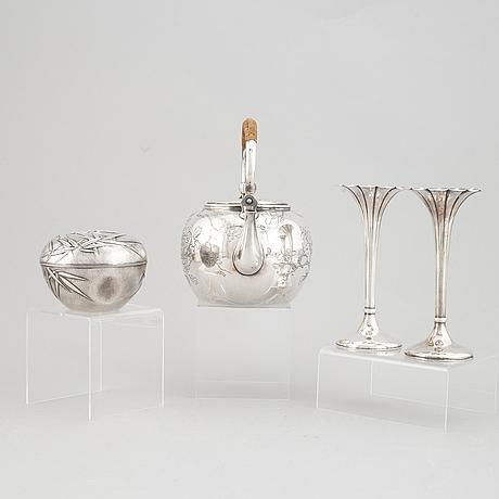 A group of four japanese silver objects, mostly sterling, signed yamakawa, shokai yokohama and miyamoto, 20th century.