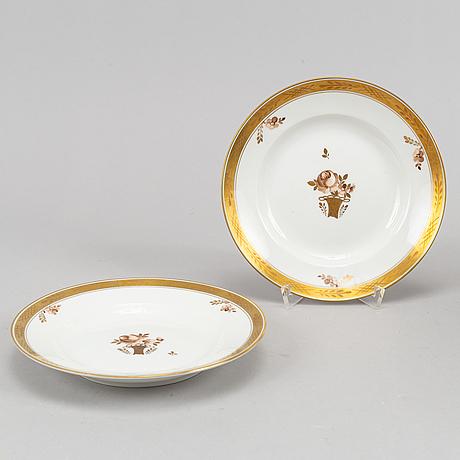81 pieces, royal copenhagen , denmark.