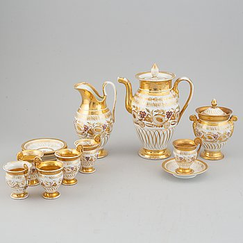 A 9 pcs Empire porcelain coffee service from the 1830s/1840s, northern Europe.