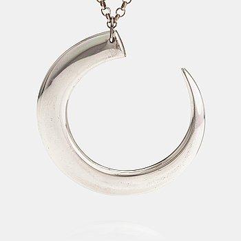 "Tapio Wirkkala, A sterling silver necklace ""Wild boar tooth"". Kultateollisuus, Hämeenlinna."