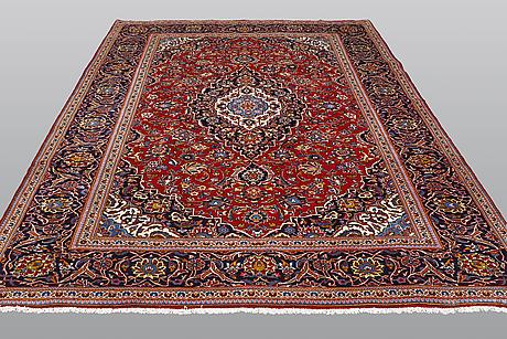 A carpet, kashan, ca 350 x 240 cm.