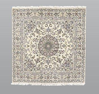 A rug, Nain part silk s.k 9 LAA, ca 200 x 200 cm.