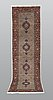 Gallerimatta, moud, part silk, ca 290 x 82 cm.