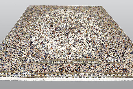 A carpet, kashan, ca 396 x 289 cm.