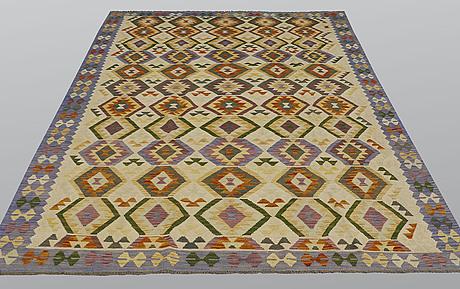 A carpet, kilim, ca 293 x 198 cm.