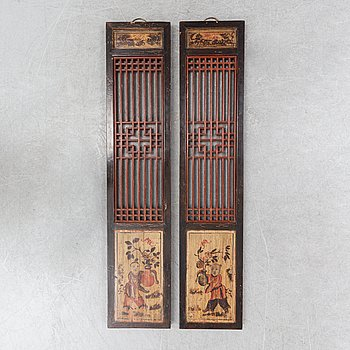 Two Chinese wooden panels, early 20th century.