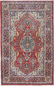A carpet, Sarouk, ca 216 x 136 cm.