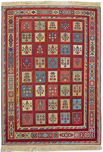 A carpet, oriental, ca 198 x 145 cm.