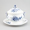 """Royal copenhagen, praktterrin, porslin, """"blå blomst"""", danmark."""