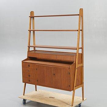 A 1950/60s teak sideboard/bookshelf.