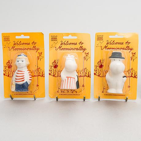 Arabia, 7 porcelaine moomin figurines, late 20th century.