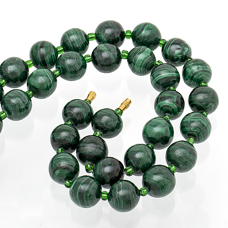 Malachite necklace, beads approx 15 mm and glass beads, approx 80 cm,  clasp metal.