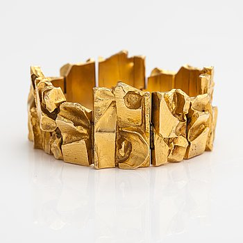 "Björn Weckström, An 18K gold bracelet ""Technotitlan"". Lapponia 1969."