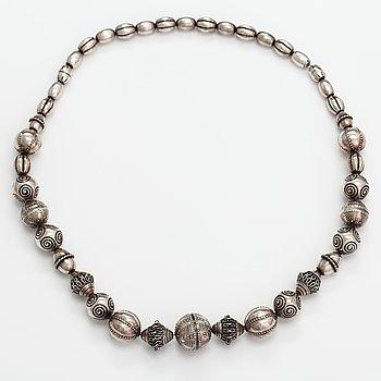 """A sterling silver necklace and bracelet """"Halikko necklace"""". Kalevala koru, Helsinki 1973."""