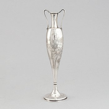 Tiffany & Co, an Art Nouveau sterling silver vase, end of 19th century.