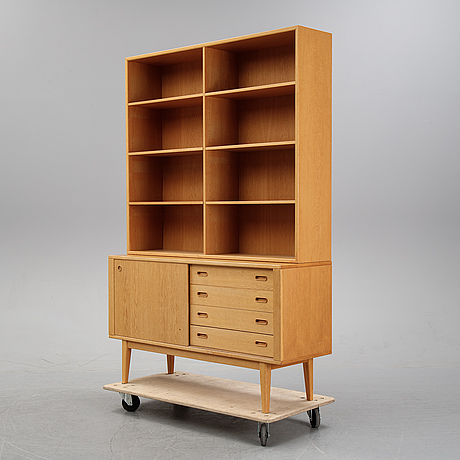 A bookshelf, second half of the 20th century.