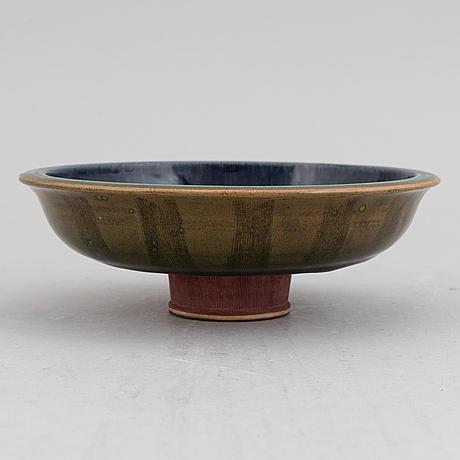 Wilhelm kåge, a bowl on foot, 'farsta', gustavsberg studio, 1952.