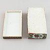 Porslinsföremål, 4 delar, kantonporslin. qingdynastin, sent 1800-tal.