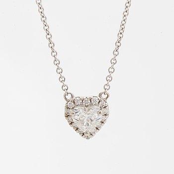 Heart shaped diamond necklace, with GIA dossier.