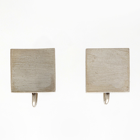Wiwen nilsson, earrings sterling silver, screwfitting, öund 1956, aprox 1 x 1 xcm.