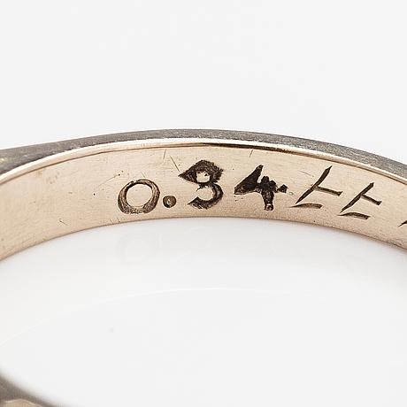 Ring, 18k guld, diamanter 0.34 ct tot enligt gravyr.