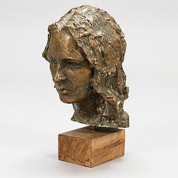 Unknown artist, a bronze sculpture.