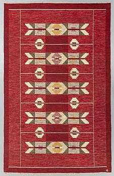 A Swedish flatweave carpet signed IS (Ingegerd Silow) ca 240 x 162 cm.