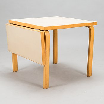 Alvar Aalto, A mid-20th-century drop-leaf table.