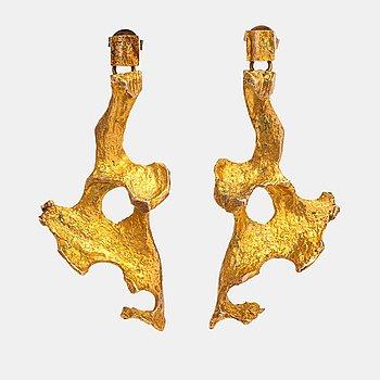 "Björn Weckström, A pair of 14K gold earrings ""Flamingo"". Lapponia 1969."