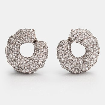"Cartier, A pair of 18K white gold earrings ""Habana"" with diamonds ca. 11.22 ct in total. Marked Cartier, 842920."