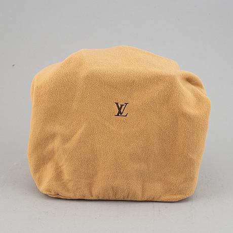 Louis vuitton, a 'batignolles' monogram canvas handbag, 2005.